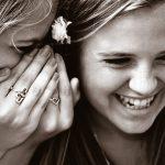 Meisje & jonge vrouw